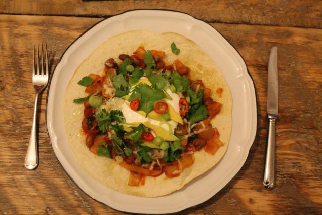 Tomato Salsa Tostados (1)