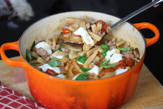 One Pot Sausage, Mushroom and Mozzarella Pasta (3)