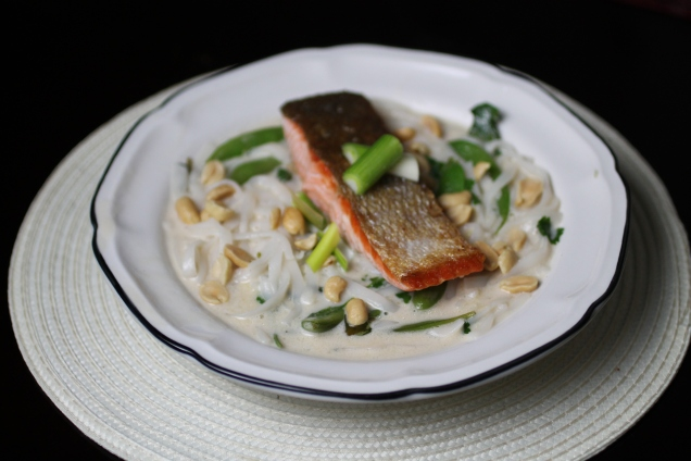 Pan Fried Salmon with Noodle Broth (2)