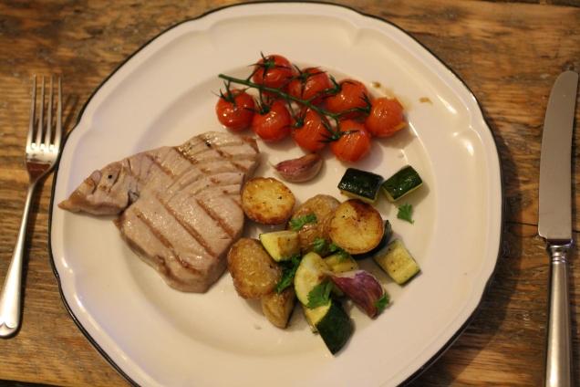 Seared Tuna with Roasted Veggies (1)