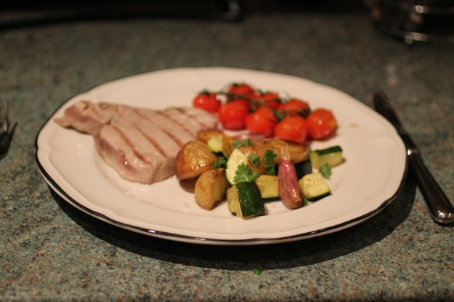 Seared Tuna with Roasted Veggies (2)